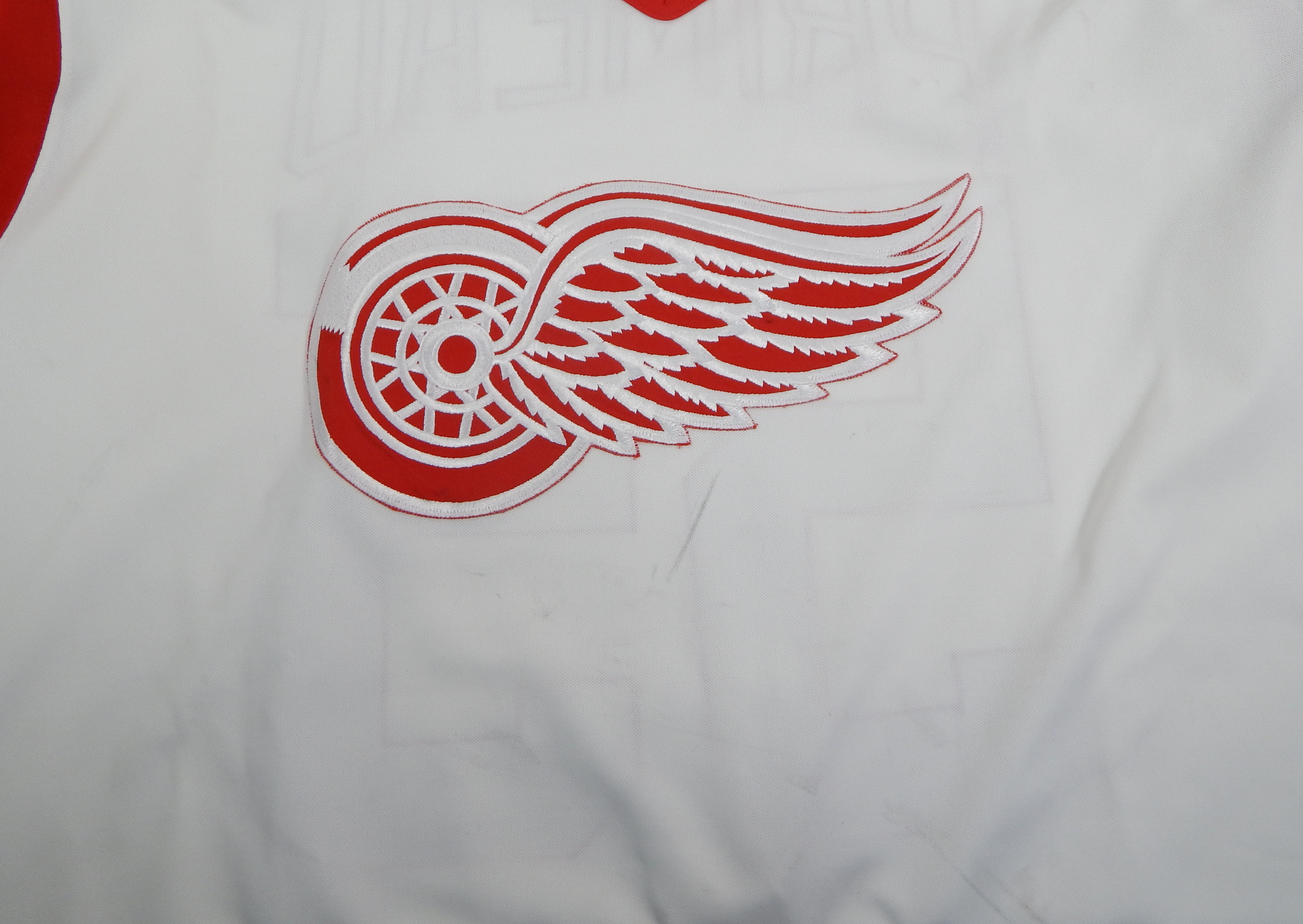 thumbnail 7 - 1994-95-Detroit-Red-Wings-Keith-Primeau-55-Game-Used-White-Jersey