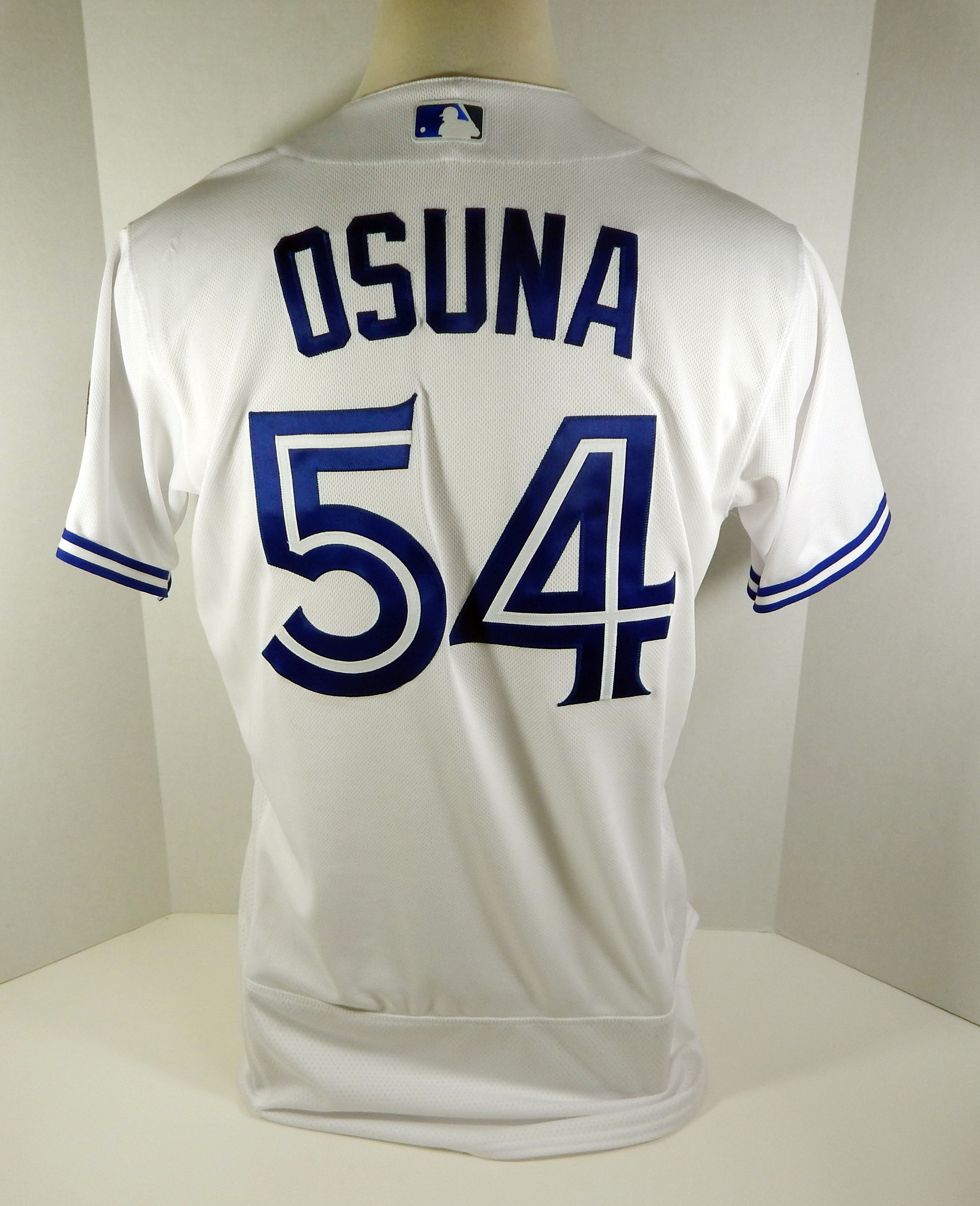 544c580b 2018 Toronto Blue Jays Roberto Osuna #54 Game Issued White Jersey 32 ...