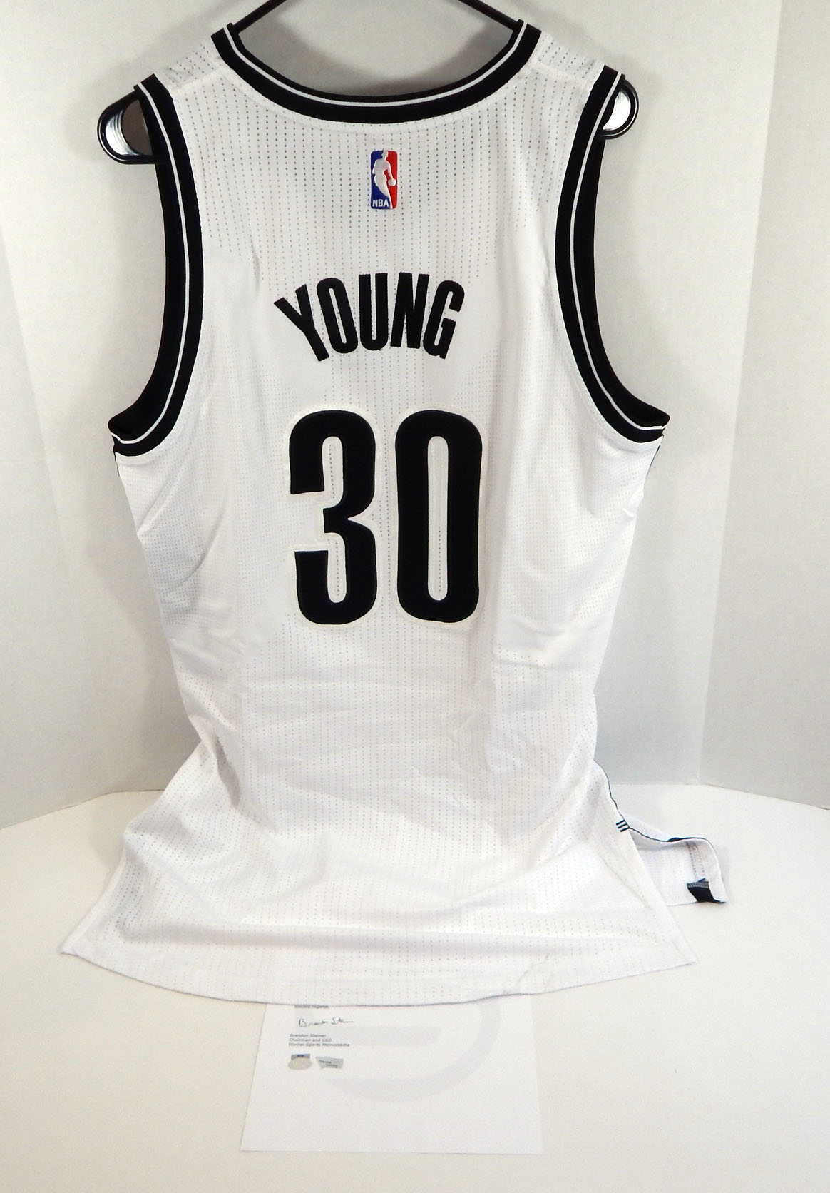 2015-16 Brooklyn Nets Thaddeus Young #30 Game Used White Jersey vs ...